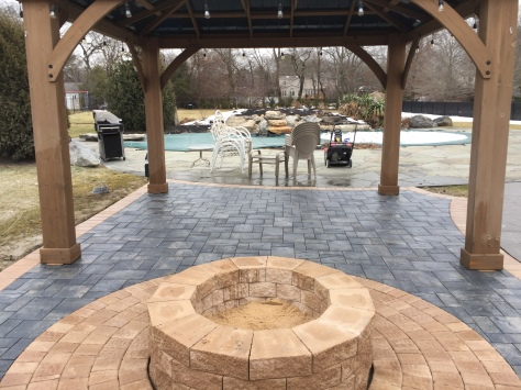 Outdoor Living Patio - Dix Hills, NY 11729